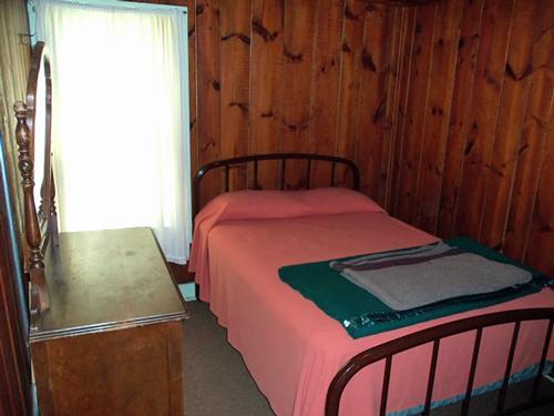 Idle Hour - 2 bedrooms/1 bath