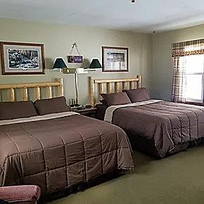 Gallery Image 2-Queen-Bed-room-A_230320-122014.jpg