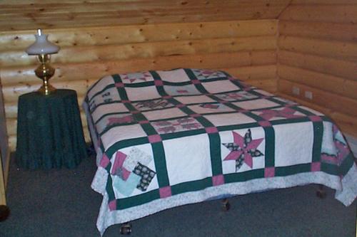 Gallery Image bedroom2_191219-013345.jpg