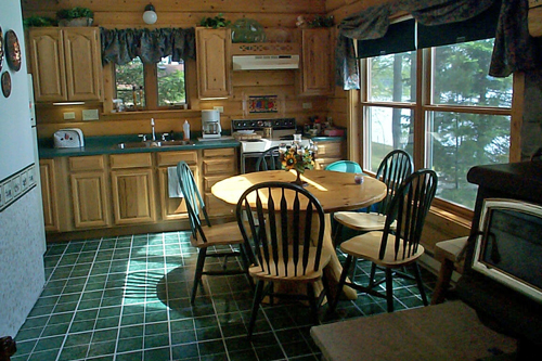 Gallery Image kitchen_191219-013259.jpg