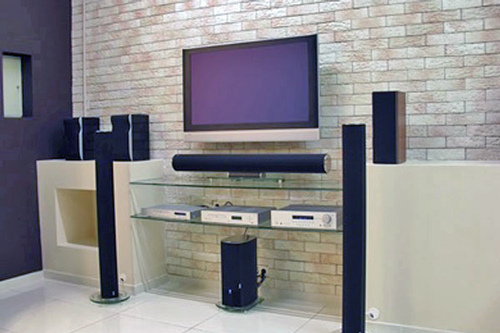 Gallery Image tv-entertainment-center-speakers-surround-sound-wall_191219-112228.jpg