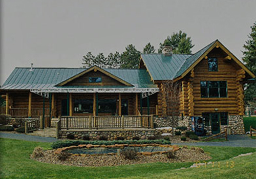 Gallery Image 19thHole_exterior.jpg