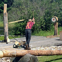 Gallery Image lumberjack-shows.jpg
