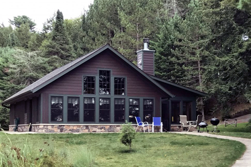 Sunset Pines: Pine Cone Cabin on Little St. Germain Lake