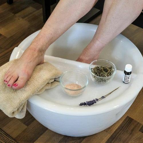 Gallery Image footbath-1-square.jpg