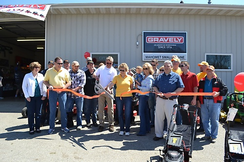 RIbbon Cutting April 2014