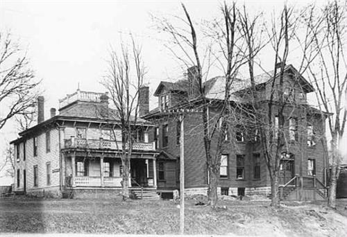 Gallery Image Lakeview_Hospital_1918.jpg