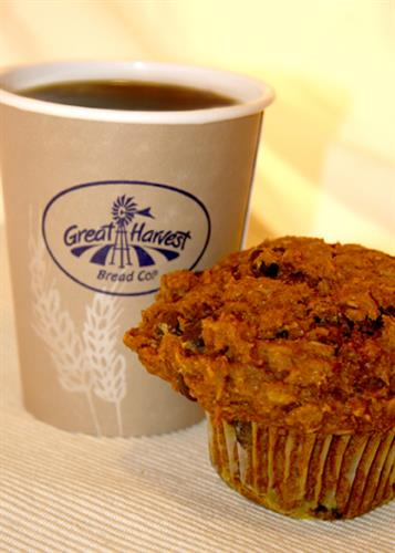 Whole-grain muffins and espresso drinks to get you going.