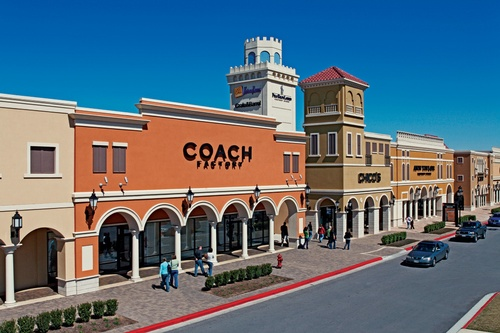 Gallery Image san-marcos-premium-outlets-04.jpg