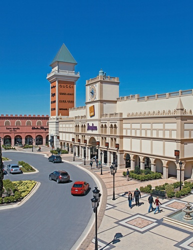 Gallery Image san-marcos-premium-outlets-18.jpg