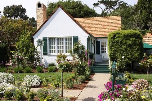 Gallery Image cottage-maid-marian-carmel.jpg