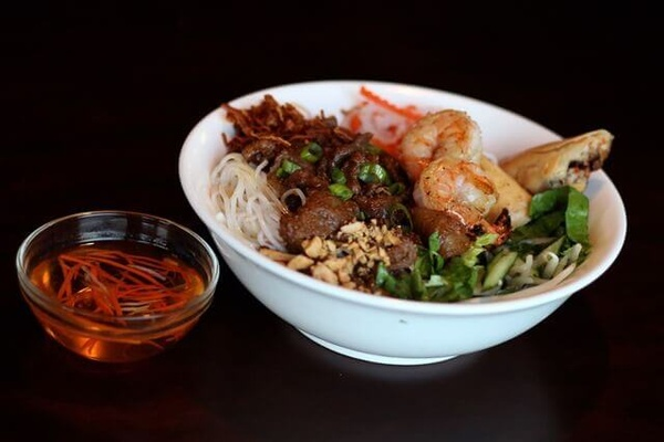 Gallery Image 21.-Special-Combination-Vermicelli-Bowl_170620-054429.jpg