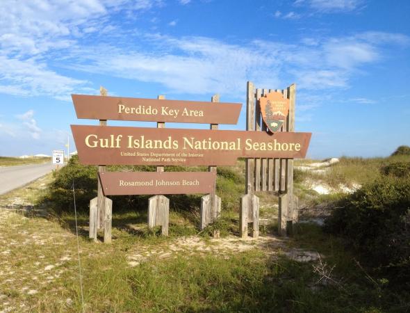 Gallery Image Johnson-Beach-Perdido-Key%20sign_280317-113020.jpg