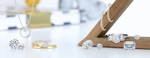 Gallery Image cj-page-jewelry.jpg