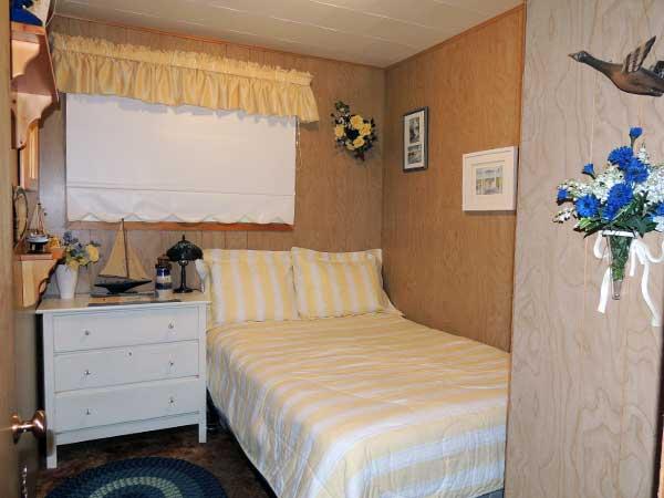 Gallery Image Bedroom.png