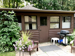 Gallery Image cabin%203.png