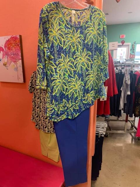 Gallery Image island-woman-boutique-port-aransas-texas-clothing.jpg