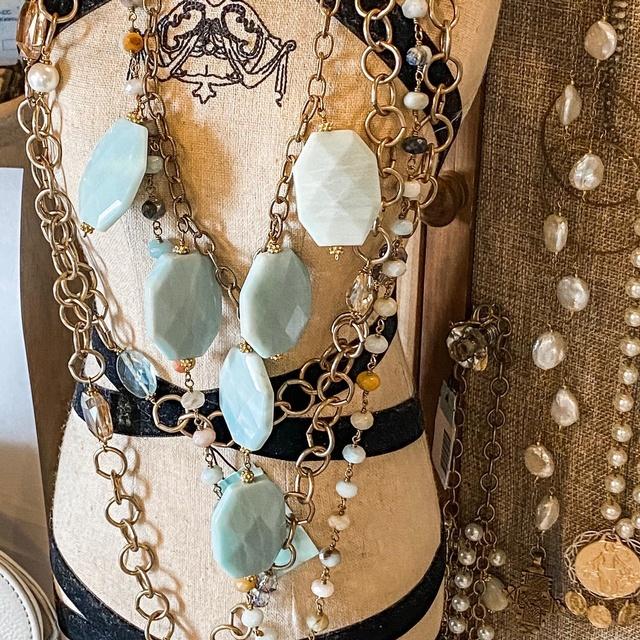 Gallery Image stephanies-stuff-port-aransas-tx-jewelry_150221-094520.jpg