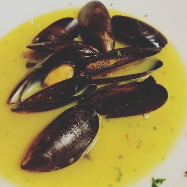Gallery Image Roosevelts-Mussels.jpg