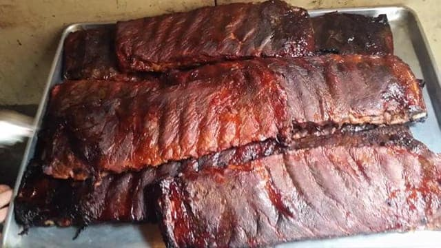 Gallery Image StingraysTaphouse_Ribs.jpg