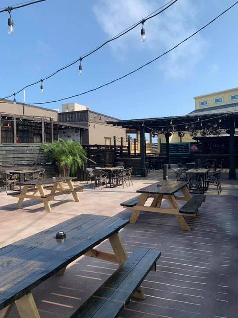 Gallery Image treasure-island-port-a-outside-seating.jpg