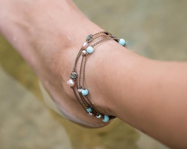 Gallery Image tula-blue-port-aransas-texas-ankle-bracelet_250221-101211.jpg