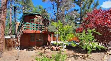 Gallery Image sugarloaf-california-cabin_fe.jpg