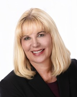 Berkshire Hathaway HomeServices Floberg Real Estate - Linda Cornetet