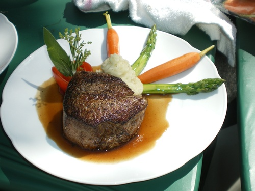 Gallery Image Monrose-Catering-Filet-Westlake-Village-CA.jpg