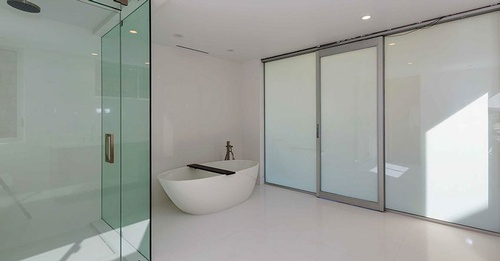 Gallery Image Malibu-Privacy-Glass-3.jpg