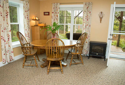 Garden Suite's dining area