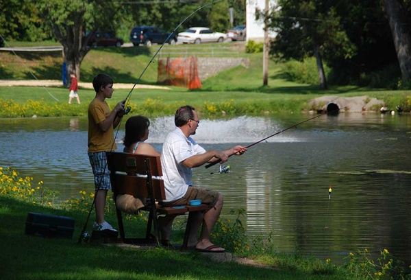 Gallery Image present-activities-fishing-sylvan-park.jpg
