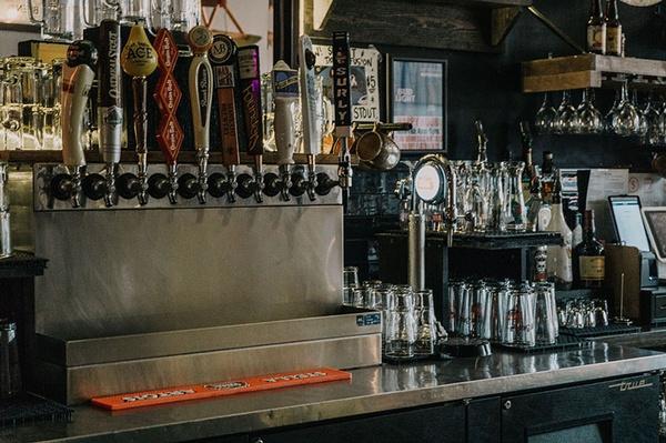 Gallery Image fall-beer-fest-01.jpg