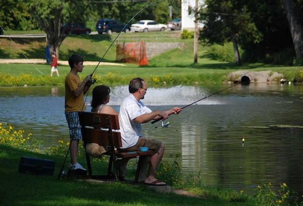 Gallery Image present-activities-fishing-sylvan-park.jpg