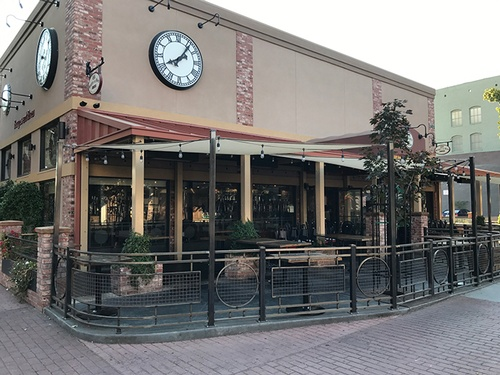 Gallery Image RestaurantSlide1.jpg