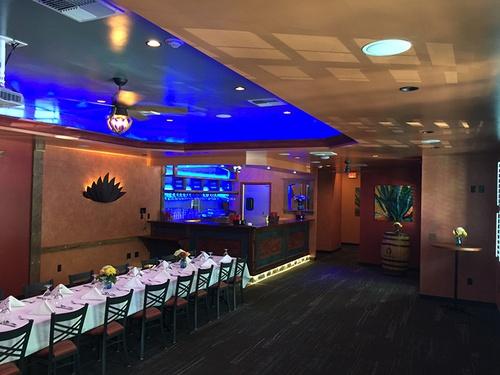 Gallery Image RestaurantSlide9.jpg
