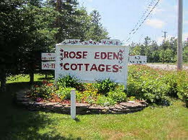 Rose Eden Cottages