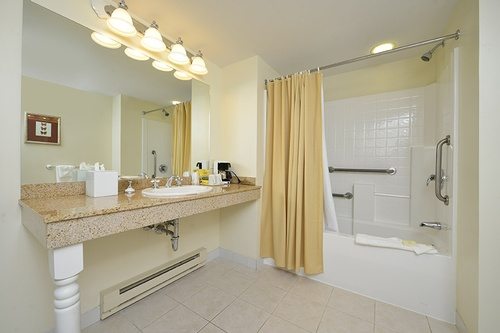 Gallery Image BathroomSuite.jpg
