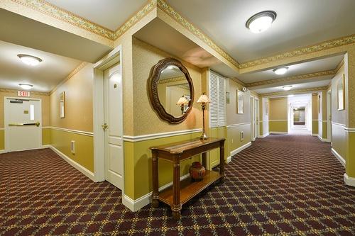 Gallery Image Hallway_280218-115117.jpg
