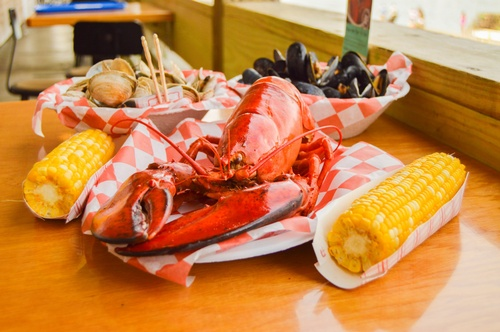 Gallery Image our-story-lobster-corn-on-cob_250821-030940.jpg