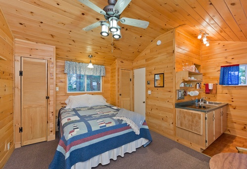 Gallery Image Acadia-Cottages-Interior-34.jpg