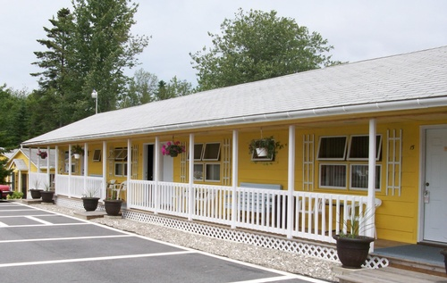 Motel units at Acadia's Sunnyside Motel & Cottages are clean, modern, and comfortable.