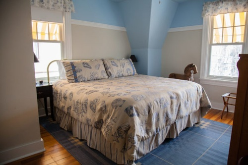 Gallery Image canterbury-cottage-bed-and-breakfast-bar-harbor-maine-0005-600x400.jpg