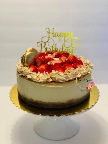 Gallery Image Luxe%20and%20Sweet%20Birthday.jpg