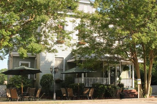 Thee Matriarch Bed & Breakfast