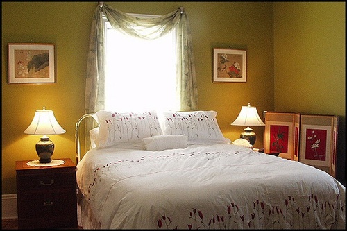 Gallery Image King_and_Knight_bedroom.jpg