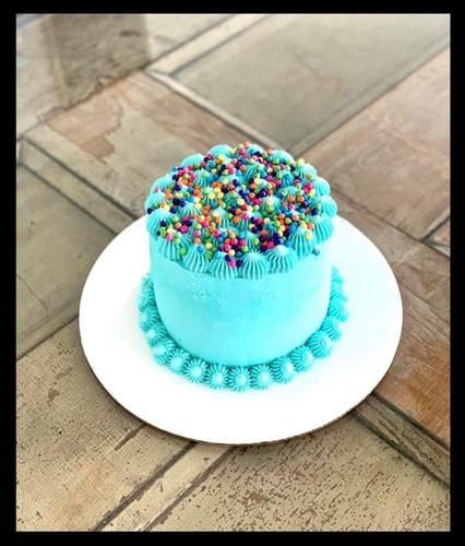 Gallery Image cakes2.jpg