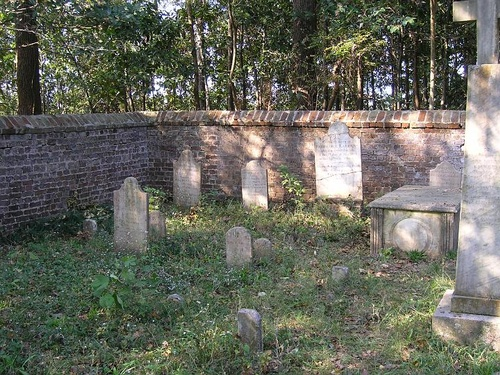 Gallery Image laurens-cemetery02(1).jpg