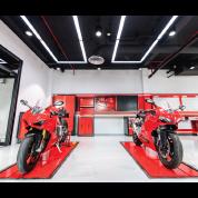 Gallery Image Ducati%20Motors%20Enhanced%20Directory%20Listing%20(4).png