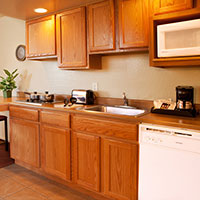 Kitchen and counter dining